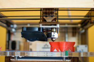 3D tisková hlava v provozu